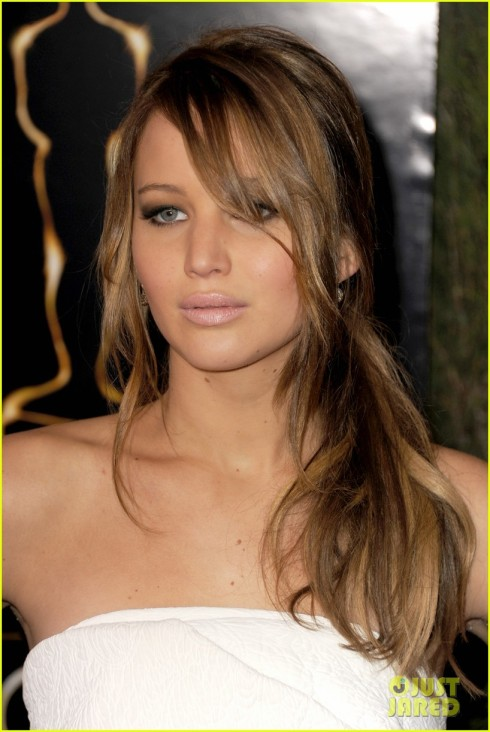 jennifer-lawrence-oscar-nominees-luncheon-2013-14_zps210d4327