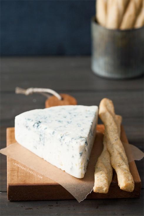 gorgonzola-cheese-straws2