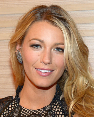 normal_BlakeLively